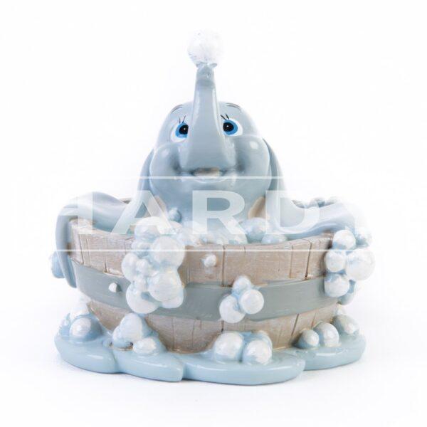 Dumbo in bad